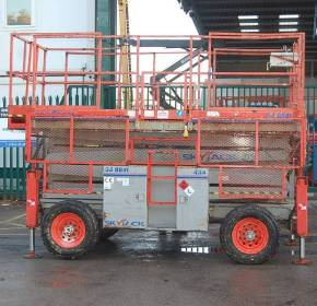 Skyjack 8841 4×4 Rough Terrain Scissor Lift