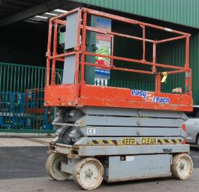 SkyJack SJIII3226 9.9m Electric Scissor Lift