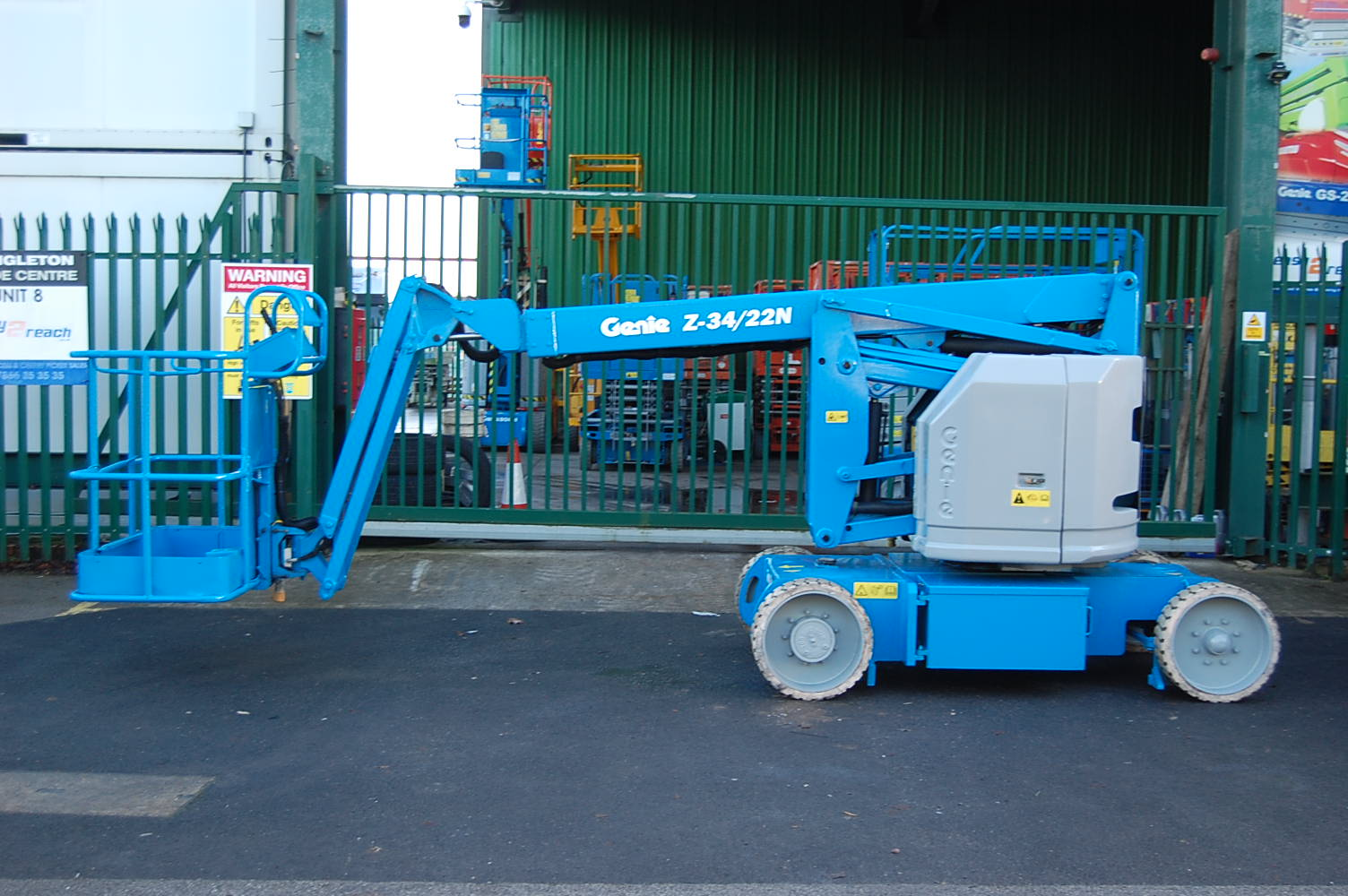 2005 Genie Z34/22N Electric Boom Lift 12.5m