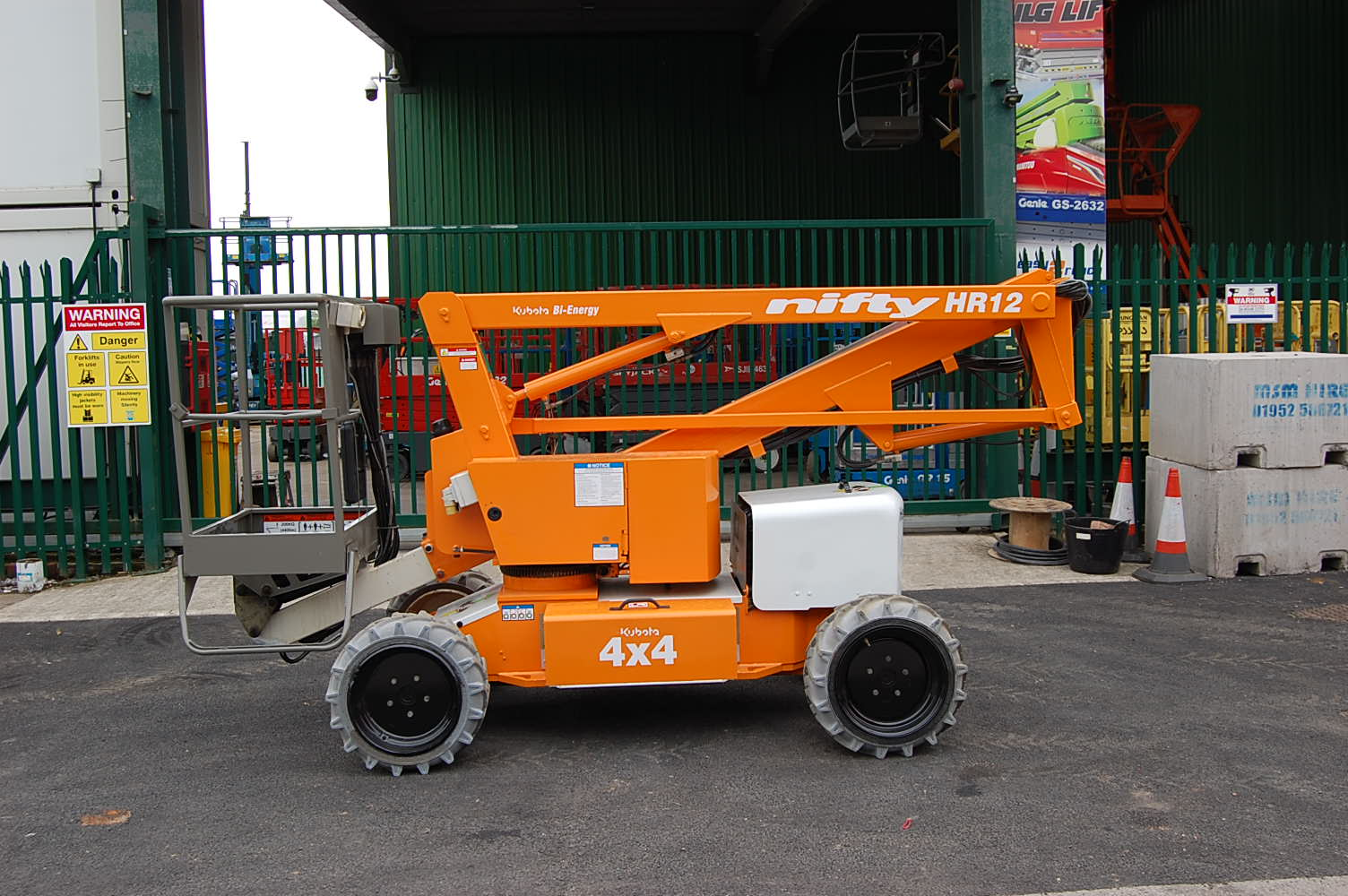 Niftylift HR12 DE 4×4 Bi Energy Boom Lift