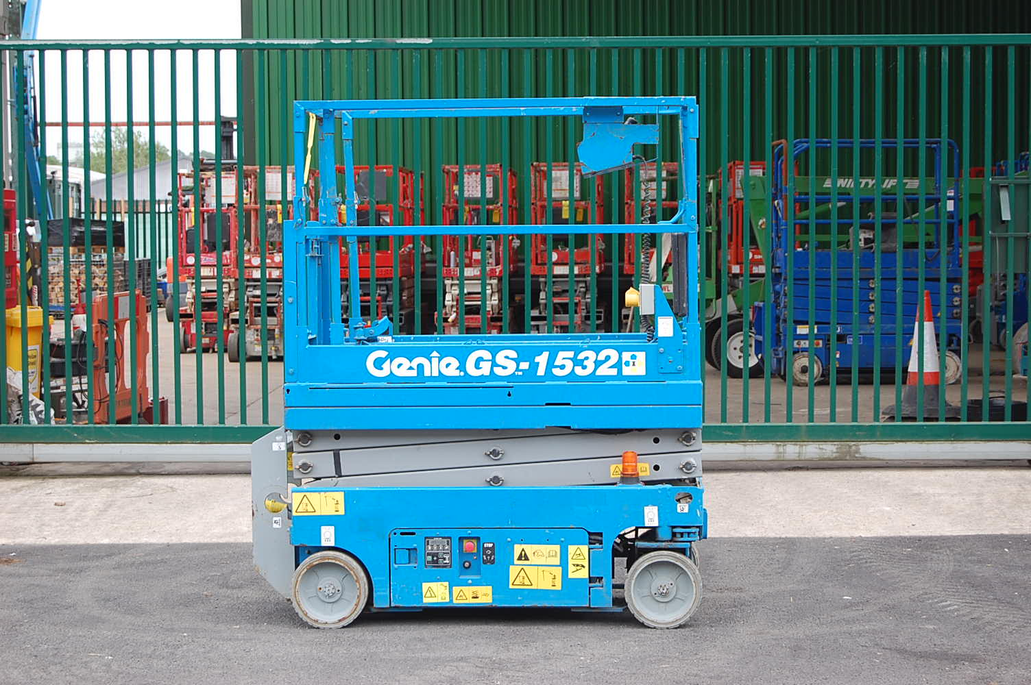 Genie 1532 Electric 6.5m Scissor Lift