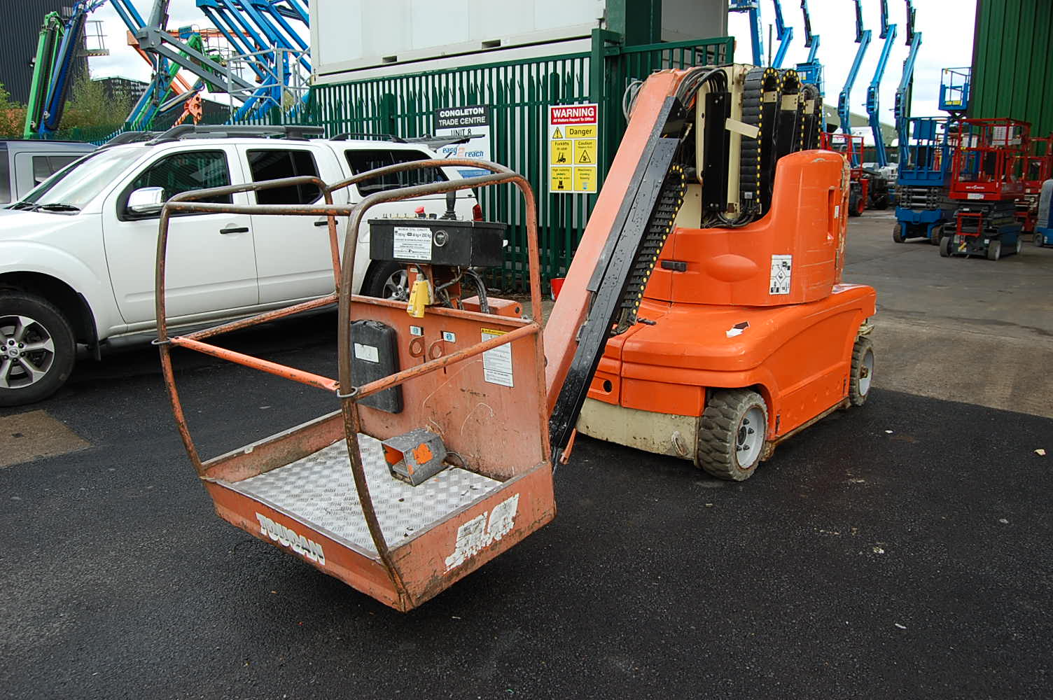 JLG Toucan 1210 Electric 12m Vertical Mast Lift with Jib