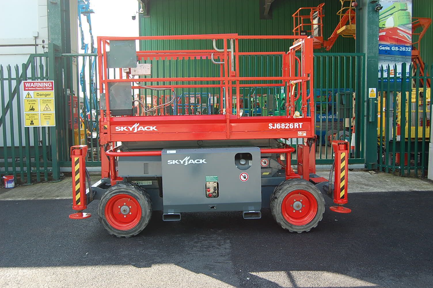 Skyjack 6826RT 4×4 10m Scissor Lift