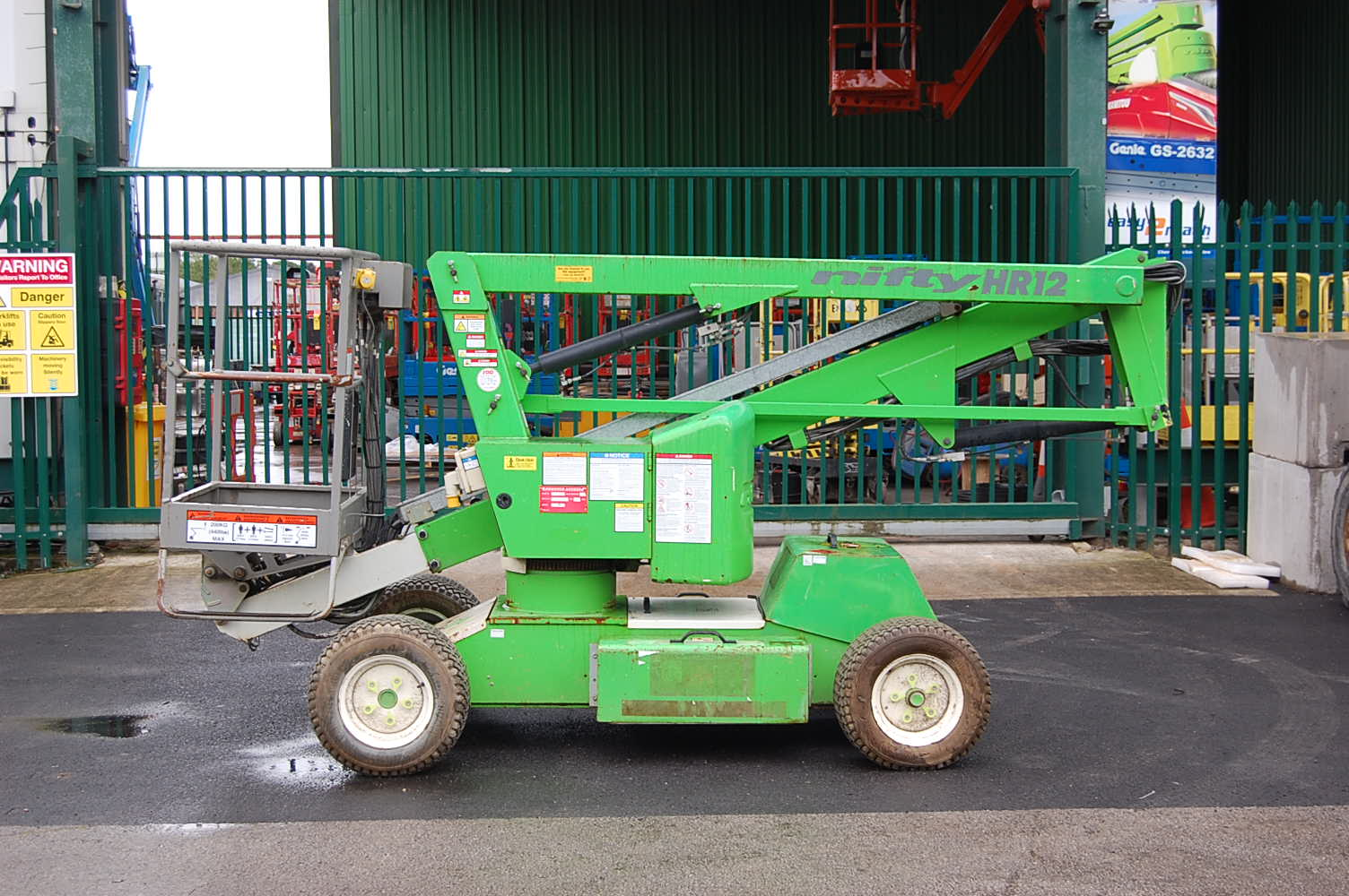 Niftylift HR12 NDE 12m Boom Lift
