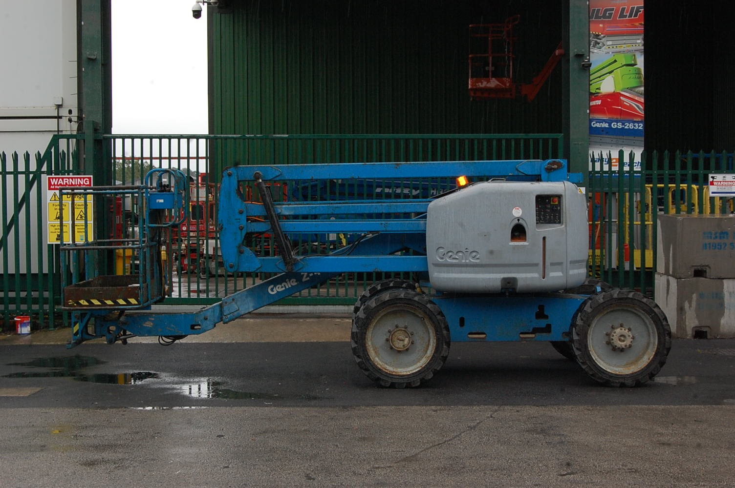 Genie Z45/25 Rough Terrain Diesel 16m Boom Lift