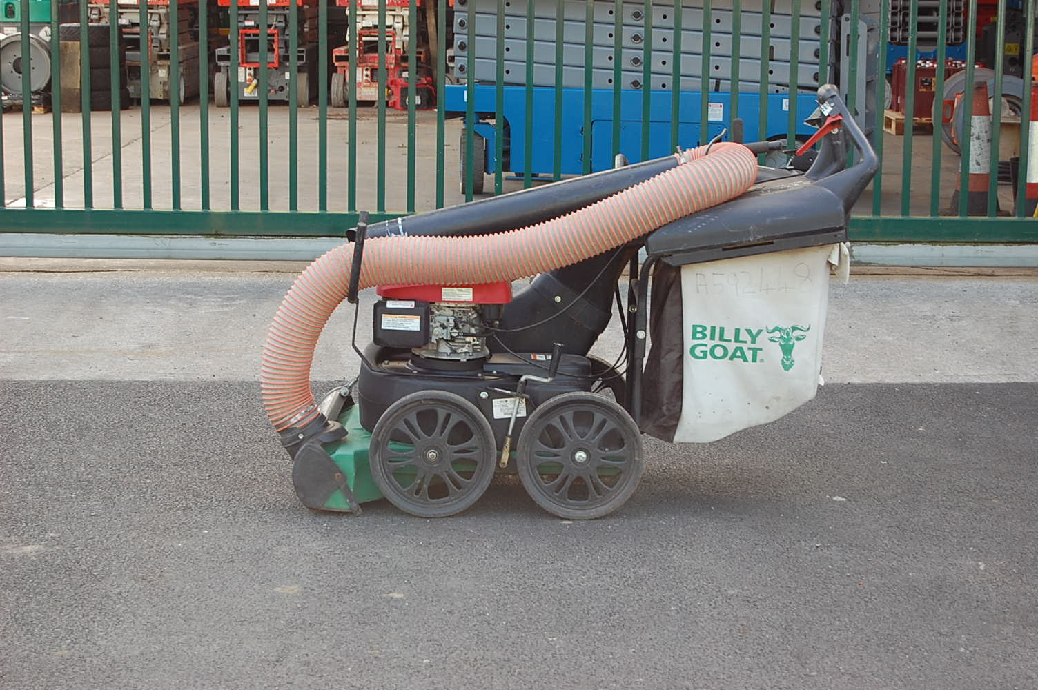 Billy Goat MV650SPH Self Propelled Leaf and Litter Vacuum