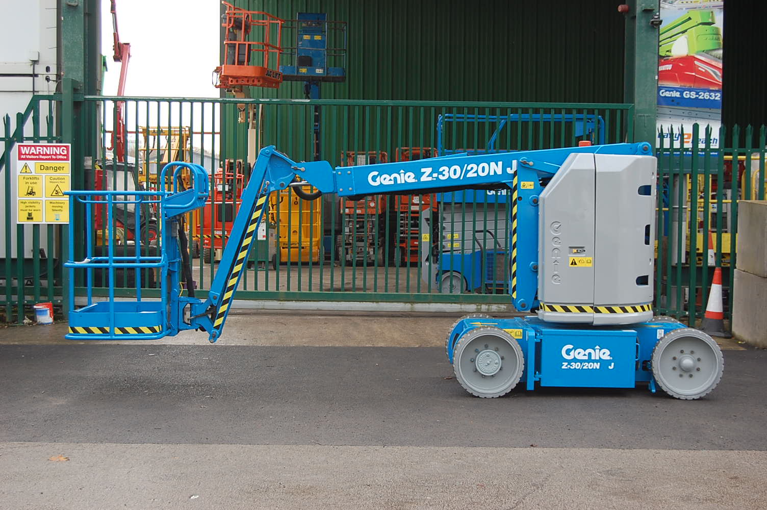 Genie Z30/20N Electric Boom Lift