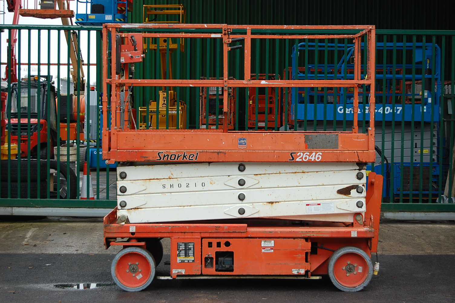 Snorkel S2646E Electric Scissor Lift
