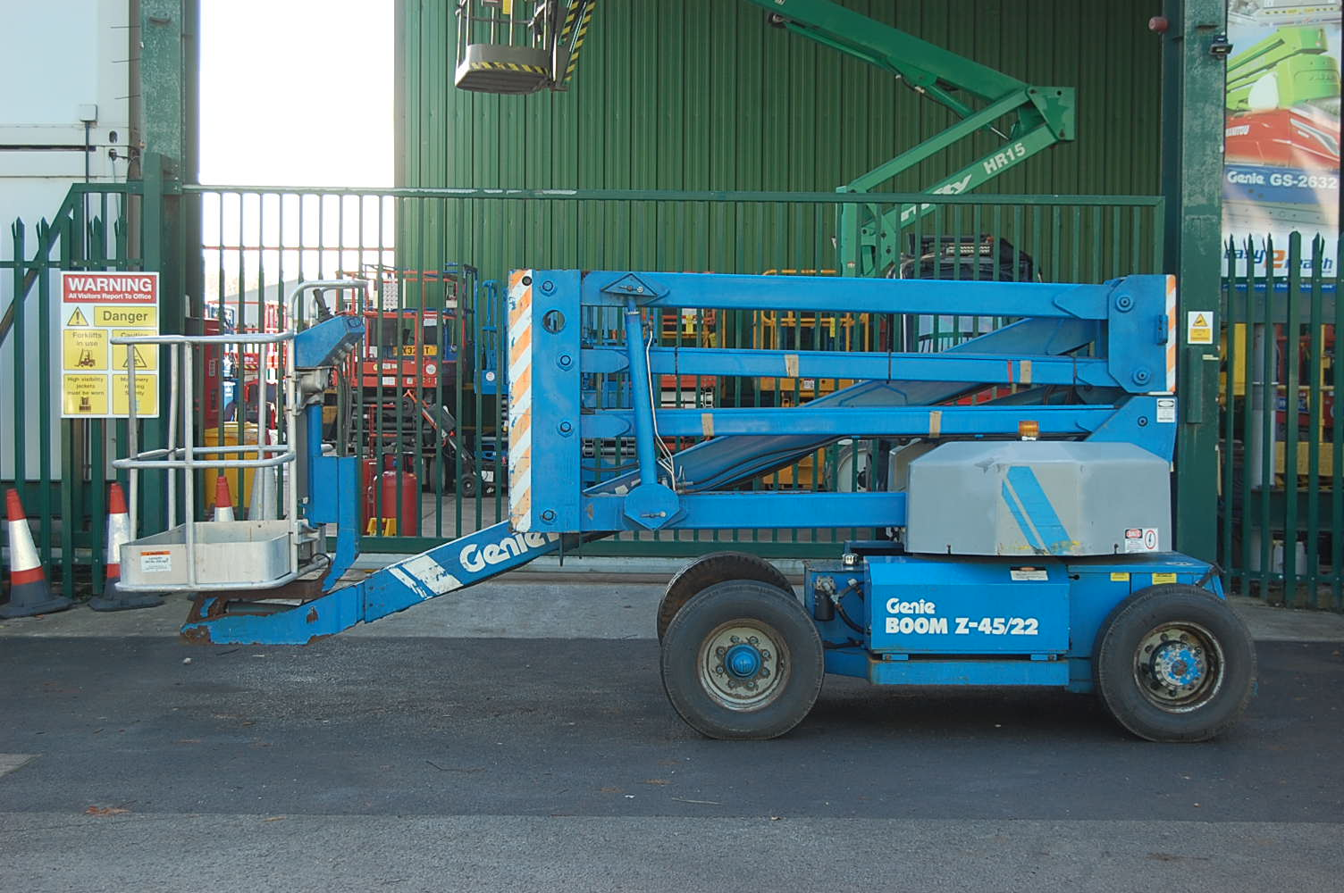 1989 Genie Z45/22 Electric Boom Lift 15m
