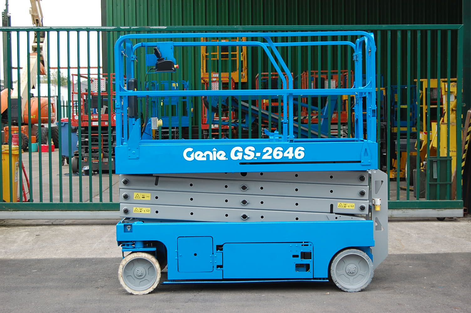 2007 Genie 2646 Electric Scissor Lift 10m