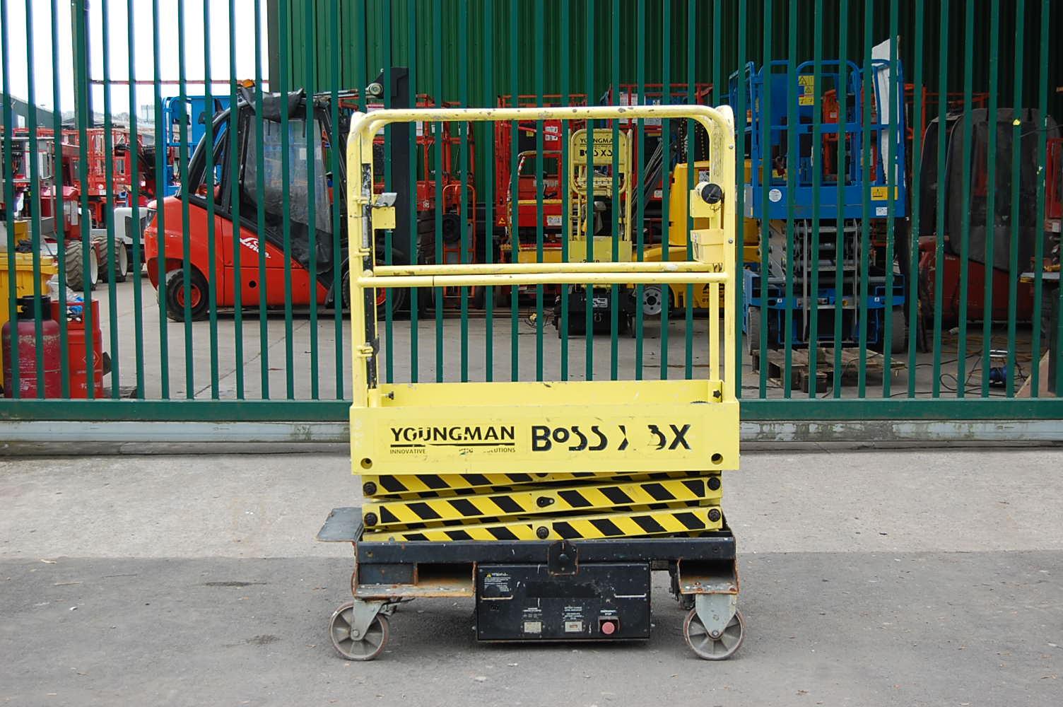 2014 Youngman Boss X3X Pusharound Man Lift 5.2m
