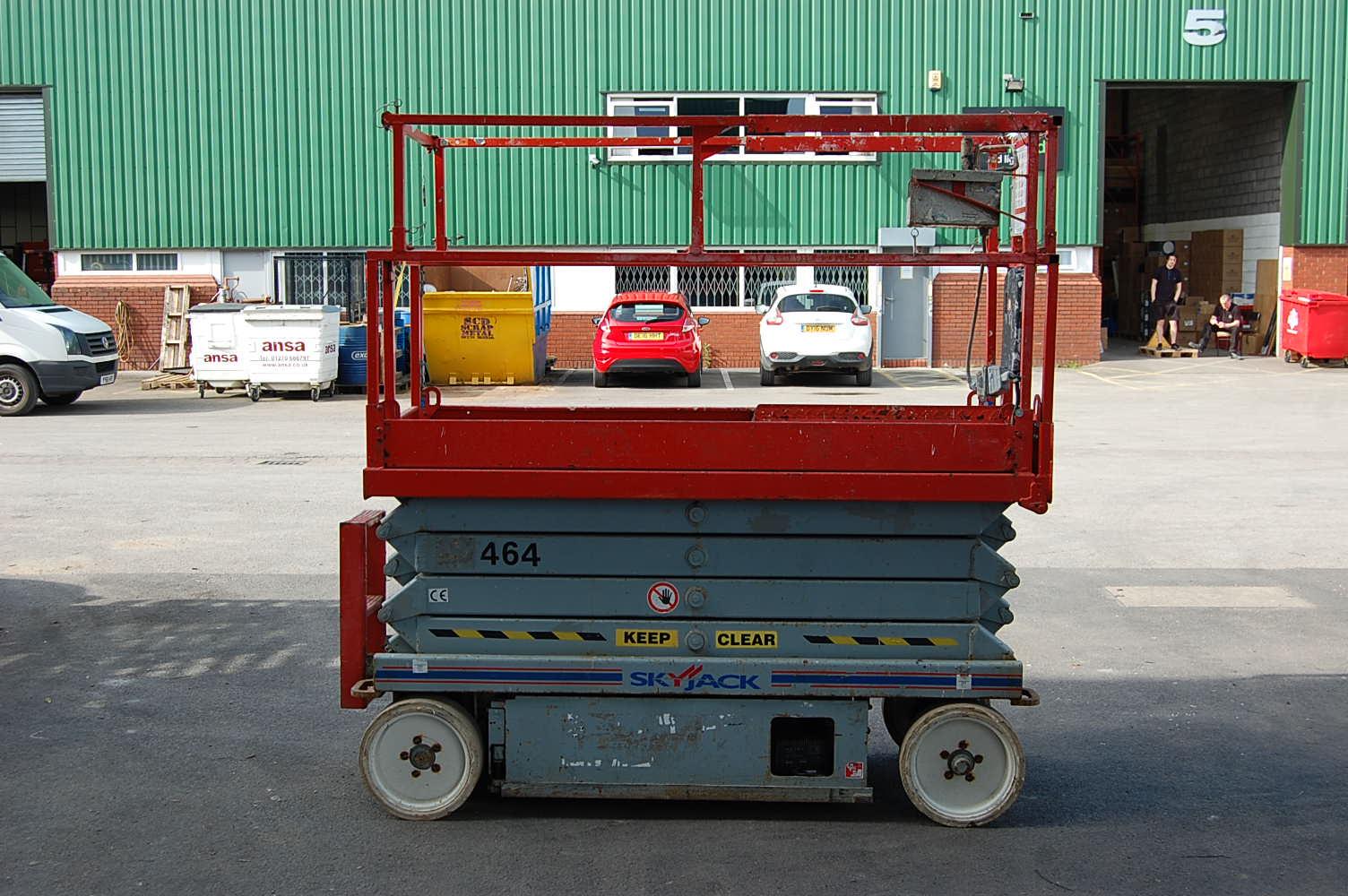 2010 Skyjack 3226 Electric Scissor Lift 9.9m