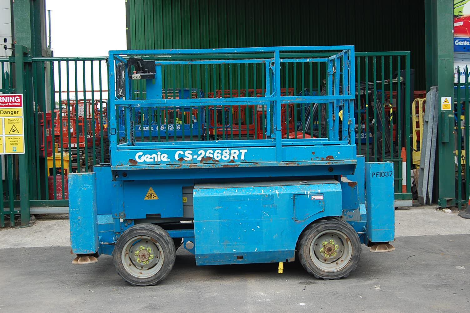 2010  Genie 2668RT Rough Terrain Diesel Scissor Lift 10m