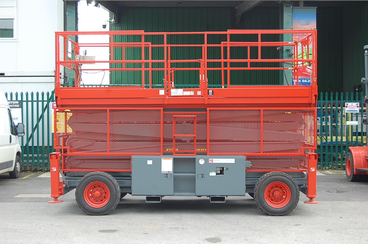 2007 Skyjack 9250 Rough Terrain Diesel Scissor Lift 17m